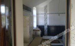 Ремонтные работы в ванной в коттедже