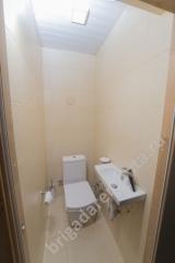 Туалет в бане. Ремонт дома