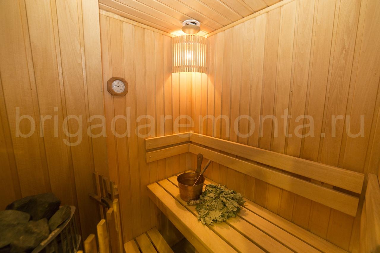 баня в квартире, парилка, печка, термометр в бане