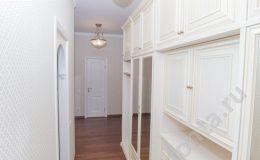 Освещение коридора, шкаф в коридоре