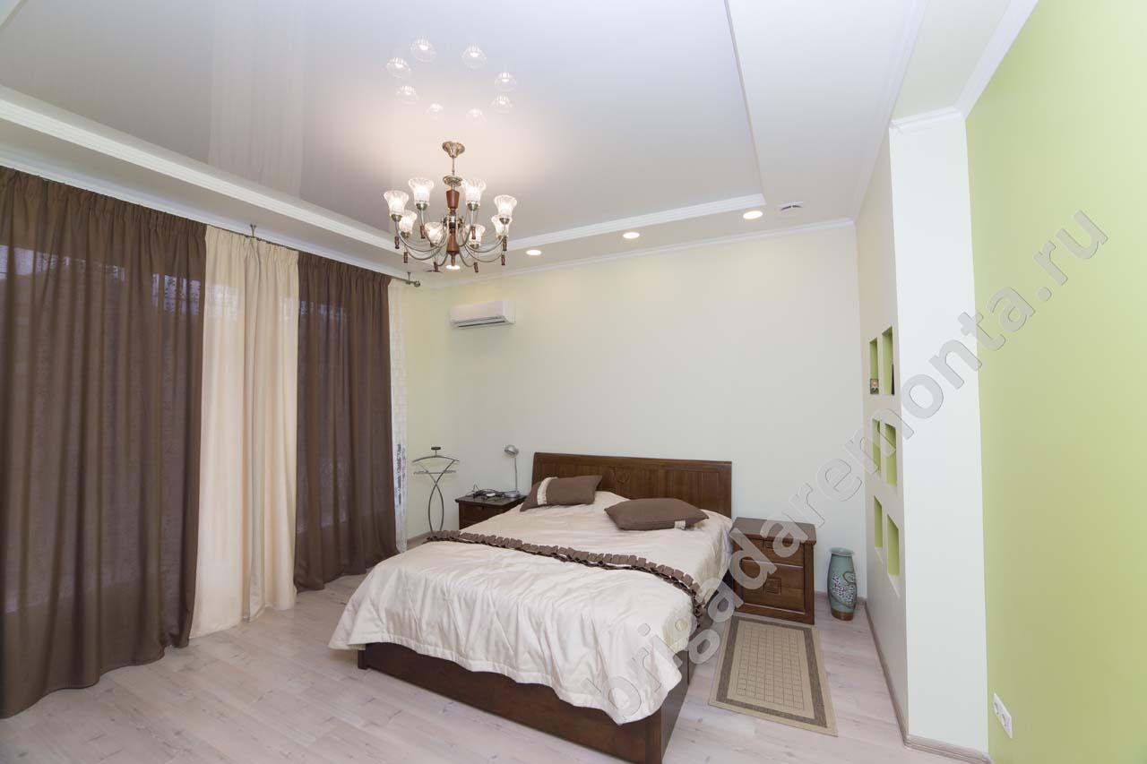 ремонт коттеджа, отделка гостевой спальни, свежие цвета