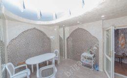 Комната отдыха возле сауны, сауна в доме, комната отдыха