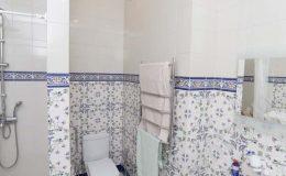 душ,туалет,тумба с раковиной, ремонт туалета,ремонт дома,коттедж