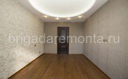 Монтаж межкомнатных дверей в квартире., контраст цветов, дверь между комнат, акцент