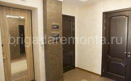 ремонт квартиры в Санкт-Петербурге, ремонт в прихожей, отделка стен, окраска стен, укладка паркета